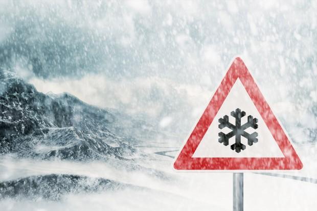 Ingyen buszozhatnak a lett autósok a hó miatt