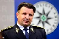 Gyorshajtás miatt fél évig nem vezethet a cseh rendőrfőkapitány