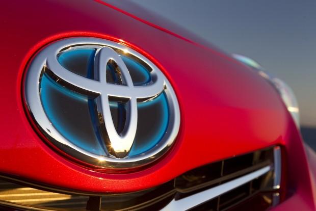 Őrült villanyautó-fejlesztésbe kezd a Toyota