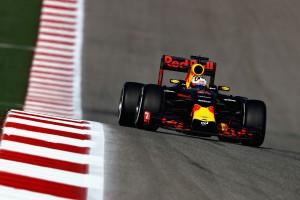 Ricciardo: Legyőzhetjük a Mercedest!