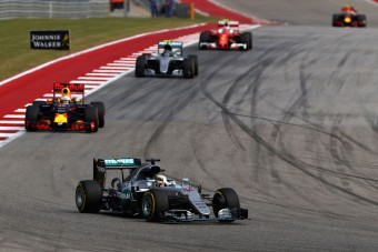 F1: Hamilton végigrettegte a futamot