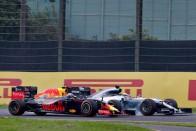 F1: Ez a pilóta annyit előzött, mint még soha senki