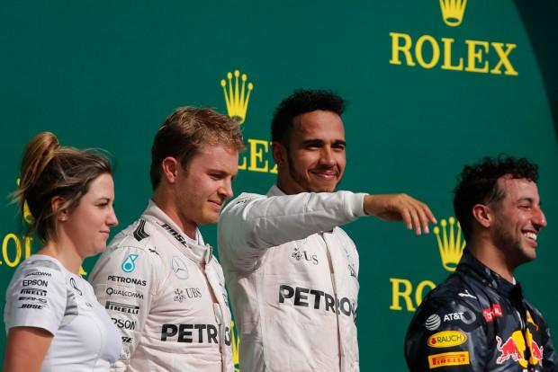 F1: Hamilton második otthonának hízelgett