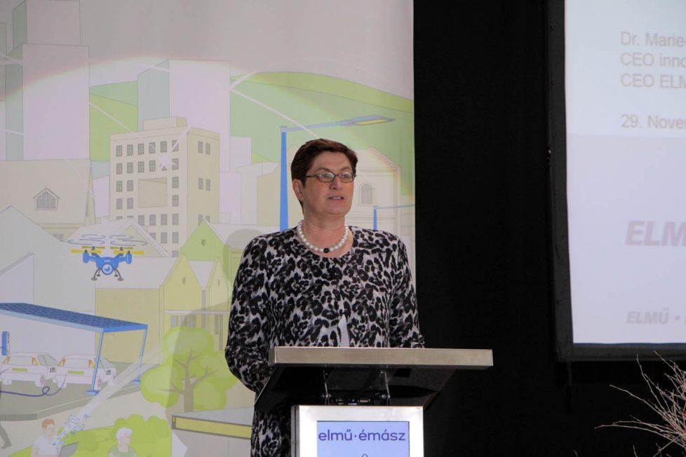 Dr. Marie-Theres Thiell, az az ELMŰ-ÉMÁSZ csoport elnöke