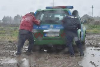 Az év elakadását produkálták a magyar rendőrök