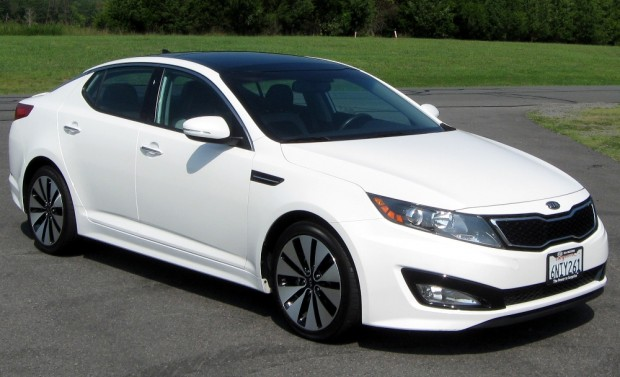 2011_Kia_Optima_SX_--_08-26-2011