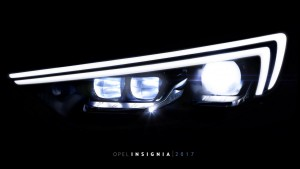 Megvillantotta az Insigniát az Opel