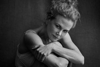 Híres színésznőkkel támad a legendás naptár