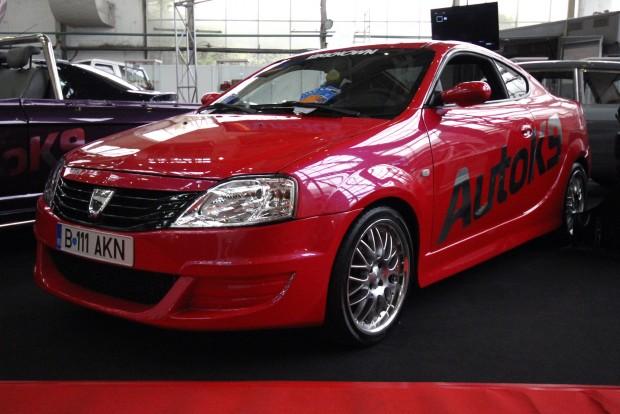 Kupé Dacia, vadító színben
