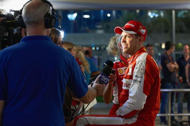 F1: Vettel örömmel álldogált a pálya szélén
