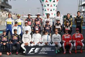 F1: A fél mezőny bejelentkezett a Mercedesnél