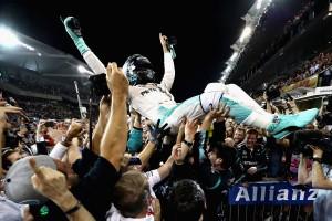 Rosberg: Ez horror volt, az este őrület lesz!
