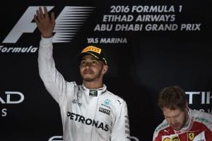 F1: A McLaren visszavenné Hamiltont