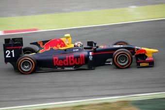 F1: A GP2-ben vágta el magát a Red Bull-ifjonc