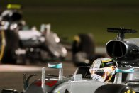 F1: A Red Bull-főnök megvédte Hamiltont