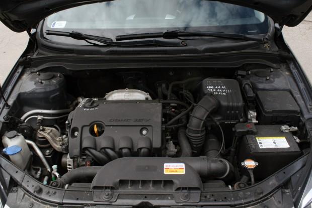 Nemcsak a fődarabokra vonatkozik a gyári garancia, mint a biztosításként megköthető használt autós szerződések egy része