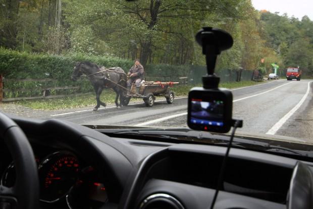 Lovaskocsira leginkább a vidéki utakon kell számítani