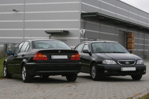 8,06 l/100 km E46-os 316i fogyasztása, az Avensis beéri 7,61 literrel a Spritmonitor.de tankolási naplói alapján