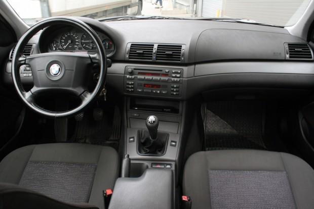Lényegesen többféle extrát kínált a BMW, mint a Toyota