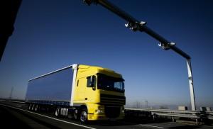 Több főútról is kitiltották a teherautókat