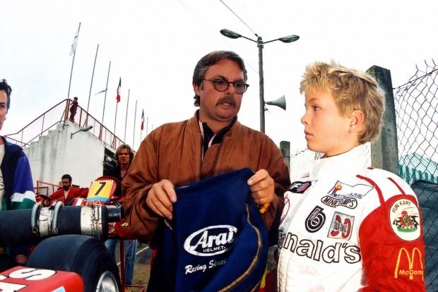 F1: Bajnok apa, bajnok fiú – ki a jobb Rosberg?