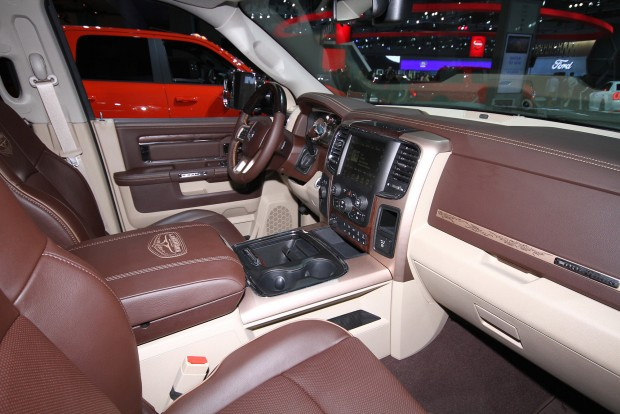 Ilyen a Dodge Ram szellős belső tere