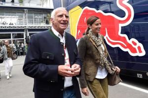 F1: A szezon közepétől nyerhet a Red Bull