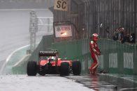 F1: Félelmetes, mit úszott meg Räikkönen – videó