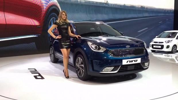 A Kia Niro a genfi autószalonon mutatkozott be az európai nagyközönség számára.