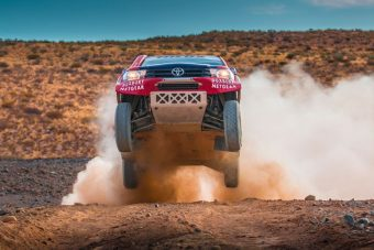 Gyári csapattal indul a Toyota a Dakarra