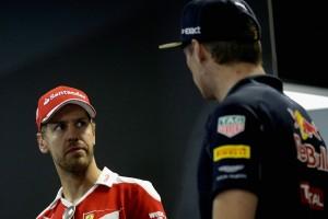 F1: Vettel SMS-ben tárgyalt Verstappennel