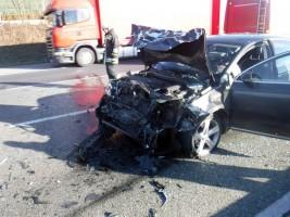 Két balesetben összesen 10 autó ütközött össze az M1-esen - képeken a baleset