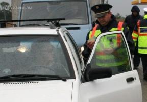 Rendőri razzia – 30 ezer autóst állítottak meg