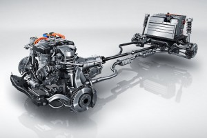 Turbók és hibridek az év legjobb motorjai
