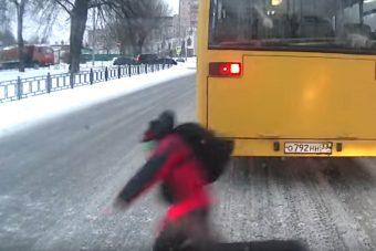 Elesett az iskolás fiú, ez mentette meg az életét