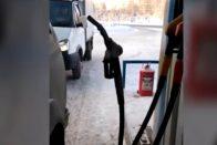 -35 fokban elképesztő dolog történt az orosz benzinkúton