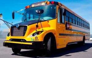 Elektromos buszokkal járhatnak iskolába a gyerekek