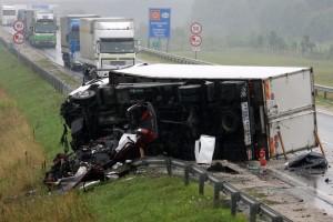 Csúnya kamionbaleset Zalában