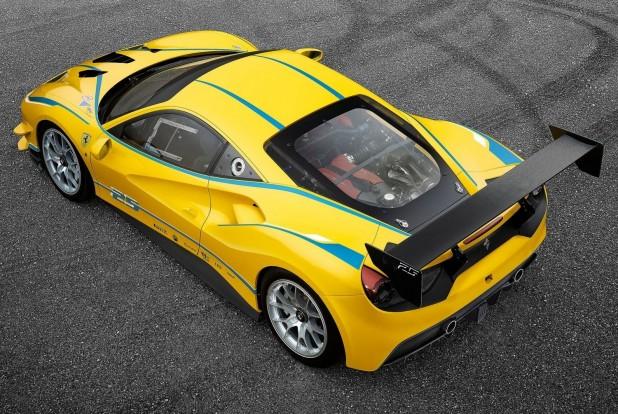 Ferrari-488_Challenge-2017-1600-02