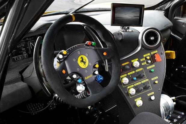 Ferrari-488_Challenge-2017-1600-04