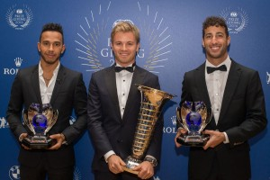 F1: Valaki óriási ajándékot kapott Rosbergtől