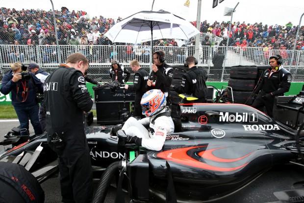 F1: Újabb McLaren-partnert nyúlt le a Red Bull