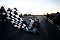 F1: Videón Rosberg mercis búcsúkörei
