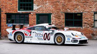 Ezzel a Le Mans-i Porschéval akár boltba is mehetsz