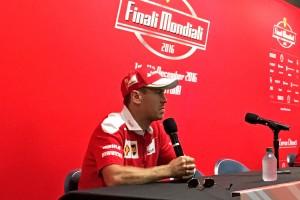 F1: Vettel nem készül a Mercedeshez