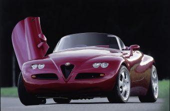 Kevés volt a V6-os az Alfába, hősünk radikális megoldást választott