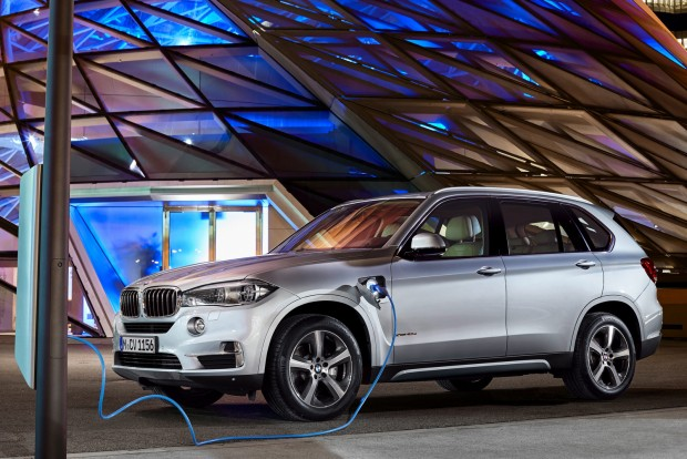 BMW X5 xDrive 40e - Green SUV of the Year