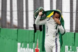 F1: Massa hibát követ el a visszatéréssel