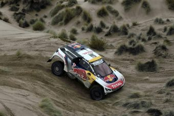 Peterhansel nyerte a Dakar hetedik szakaszát