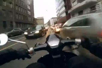 Félelmetes robogós zúzás Budapesten